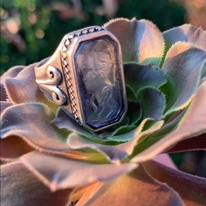 Vintage Amythest Cameo Ring